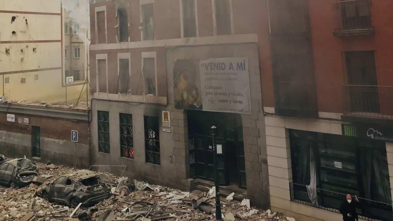 Madrid, forte esplosione in centro: palazzo distrutto, almeno 3 morti