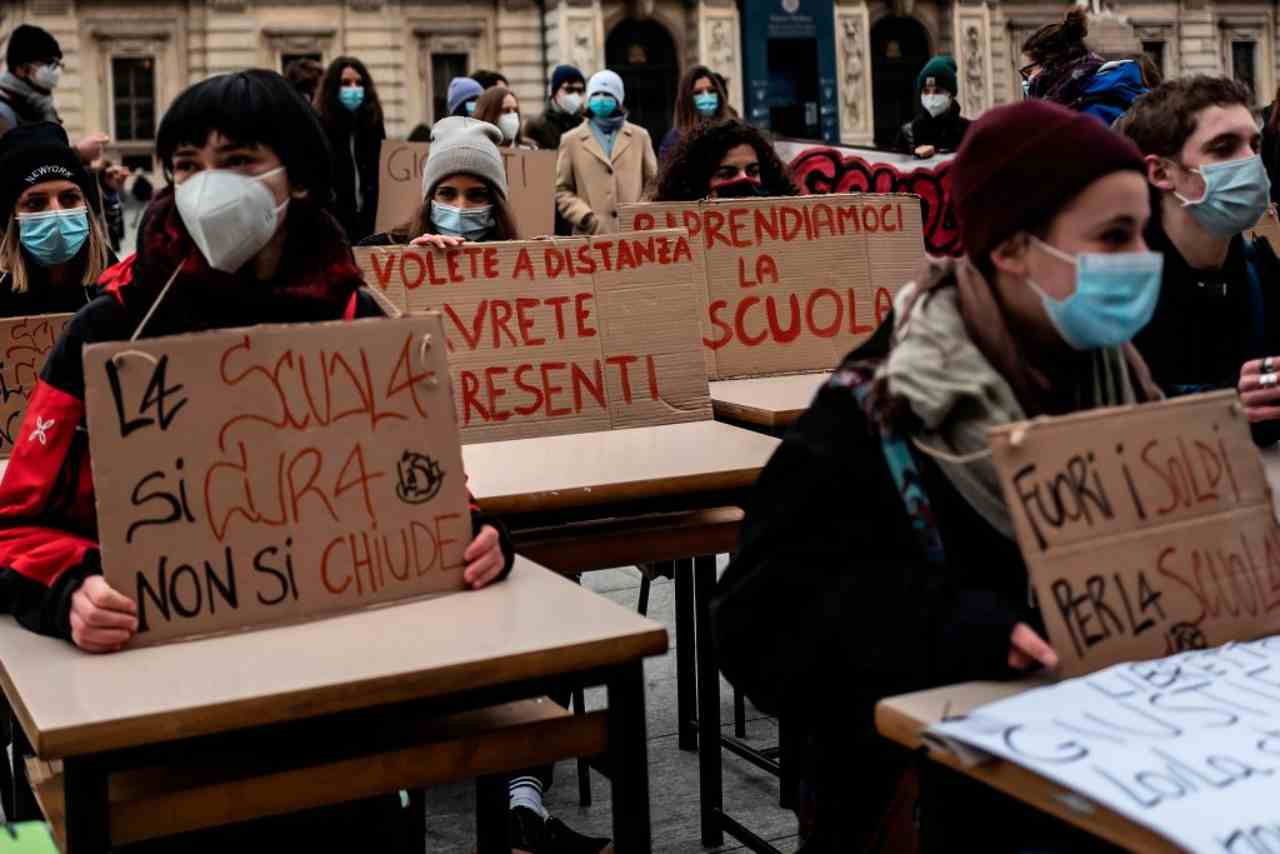 Scuola proteste studenti