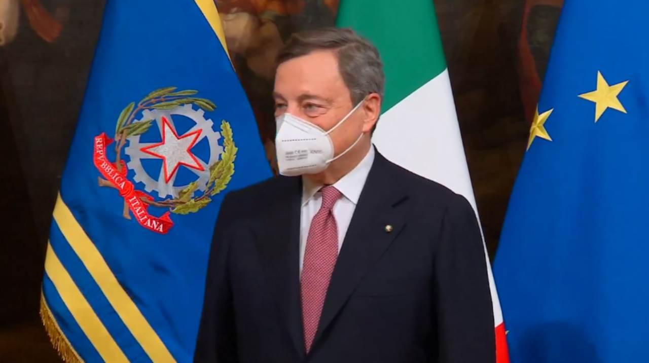 Mario Draghi cambio campagna vaccinale