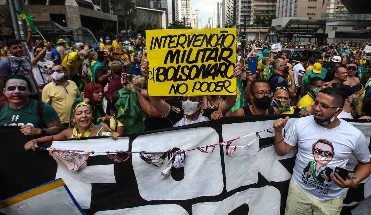 covid brasile