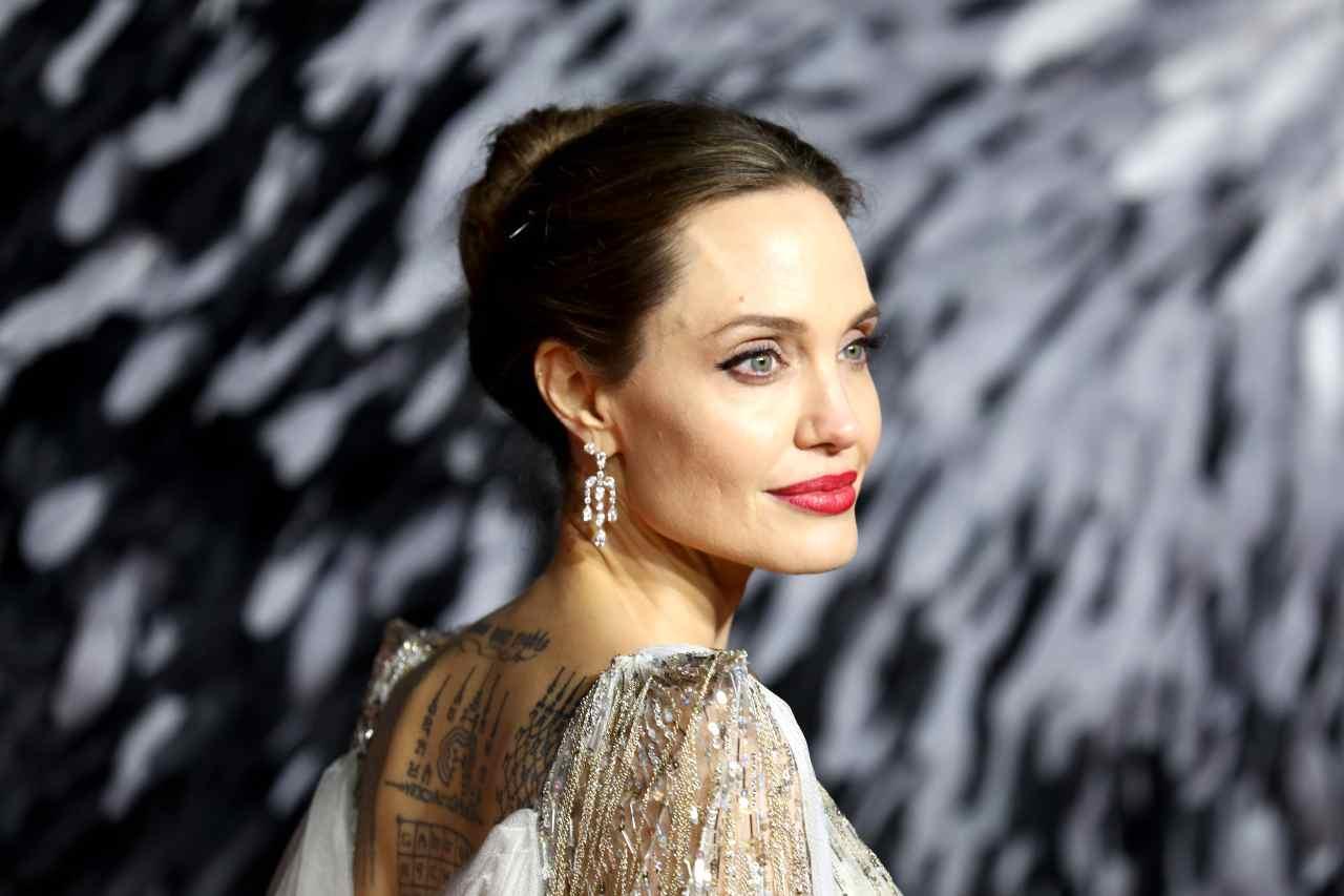 Angelina Jolie volta pagina dopo il divorzio?