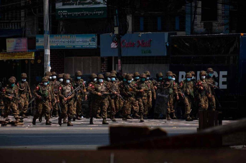 Birmania esercito