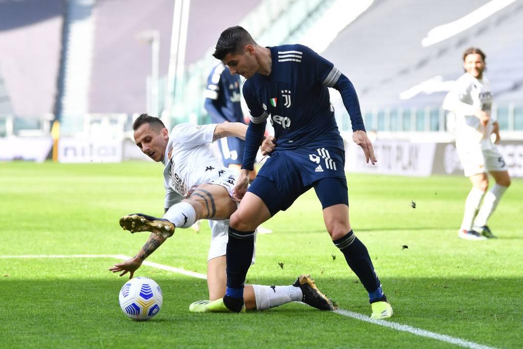 Juventus sconfitta a Torino dal Benevento. Che consegna lo scudetto all'Inter
