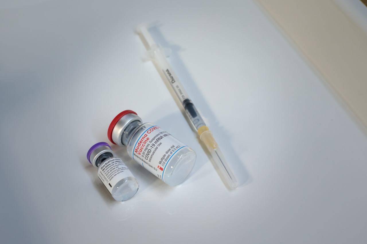 Vaccini anti Covid, Aifa