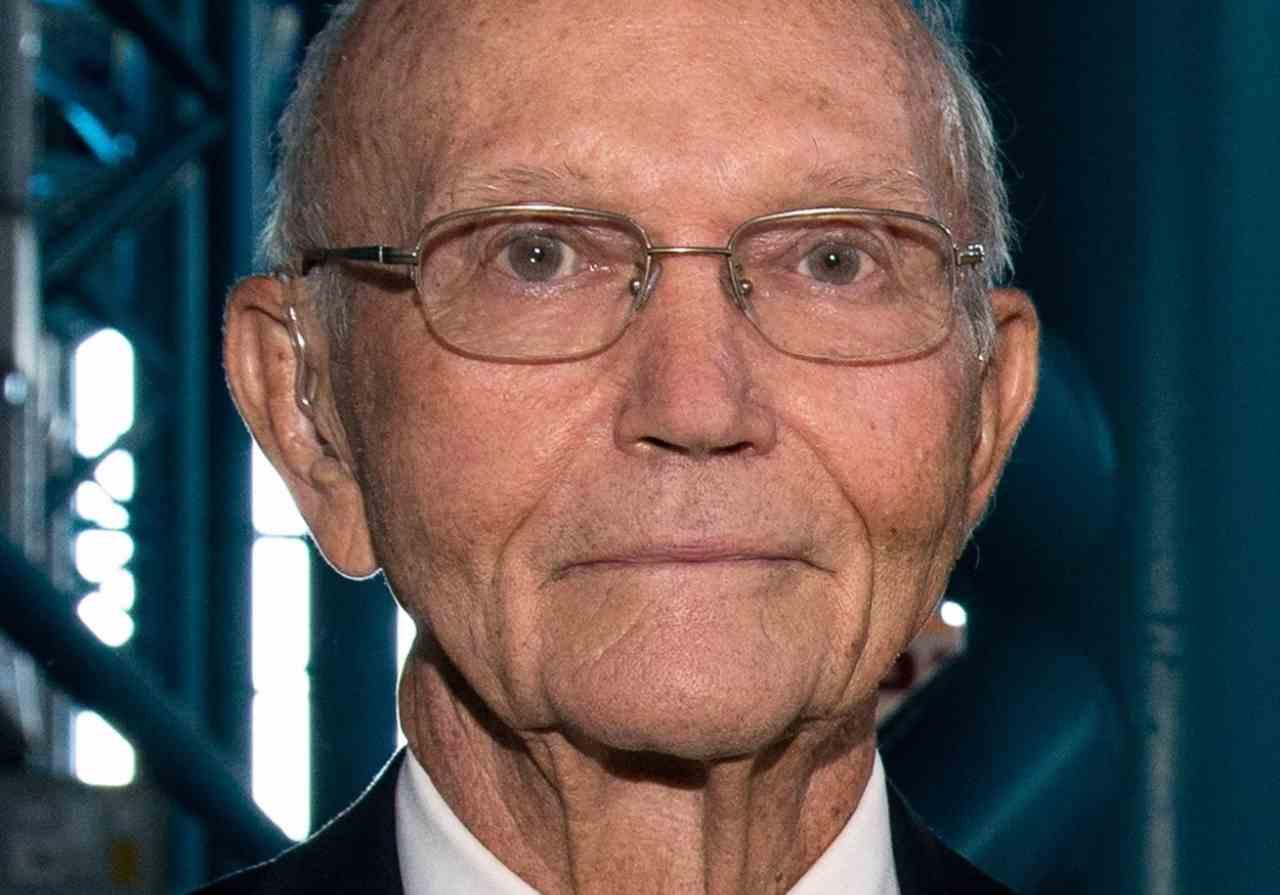 Michael Collins, morto uno degli astronauti che conquistarono la Luna