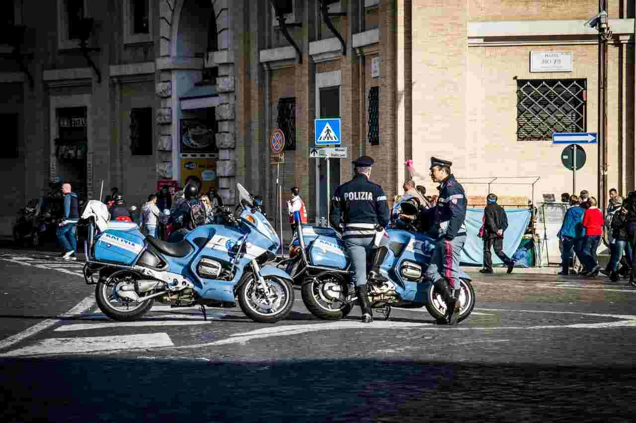 Roma, ristoratori e commercianti manifestano contro il Dpcm