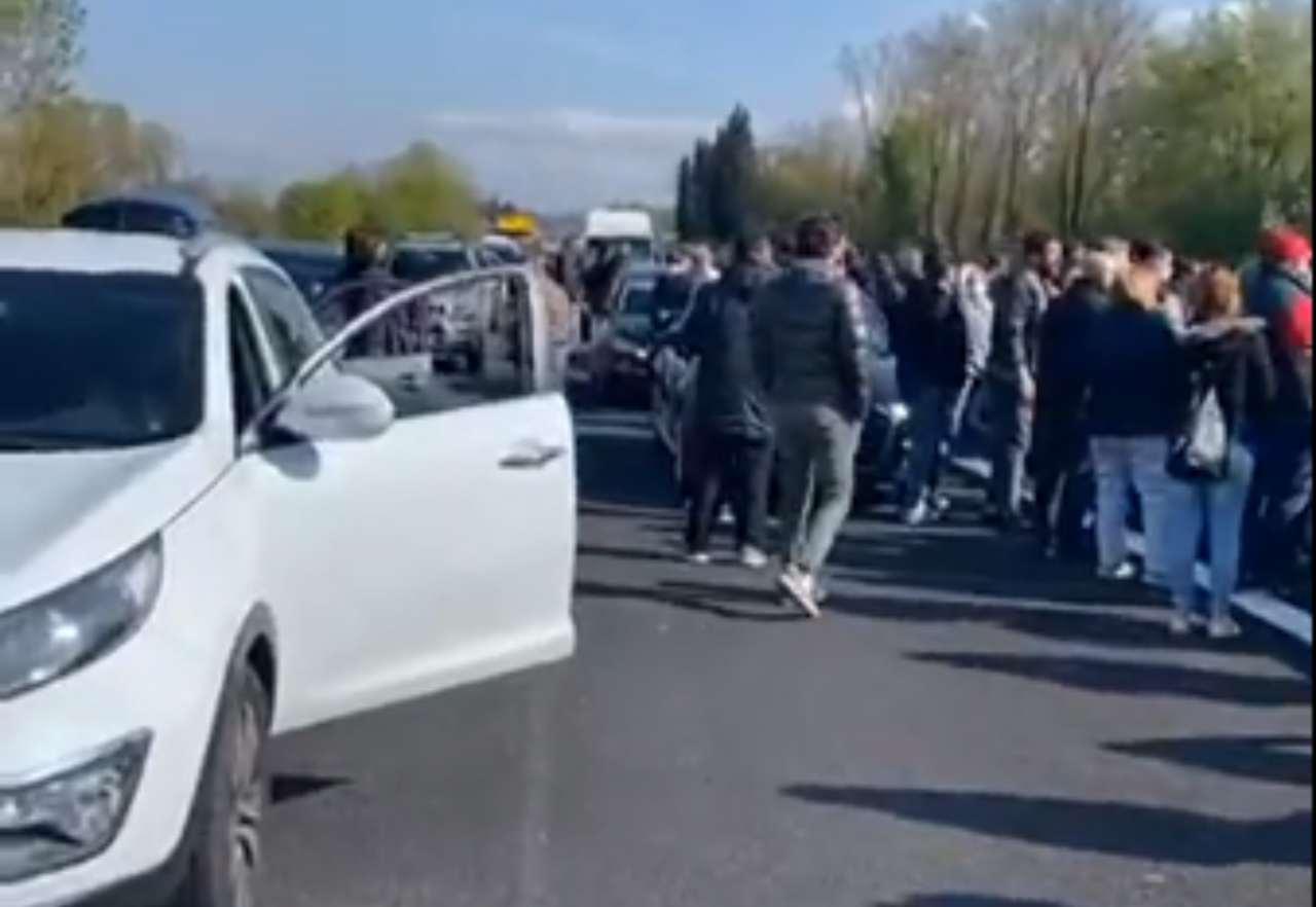 Covid, ristoratori manifestano su l'A1