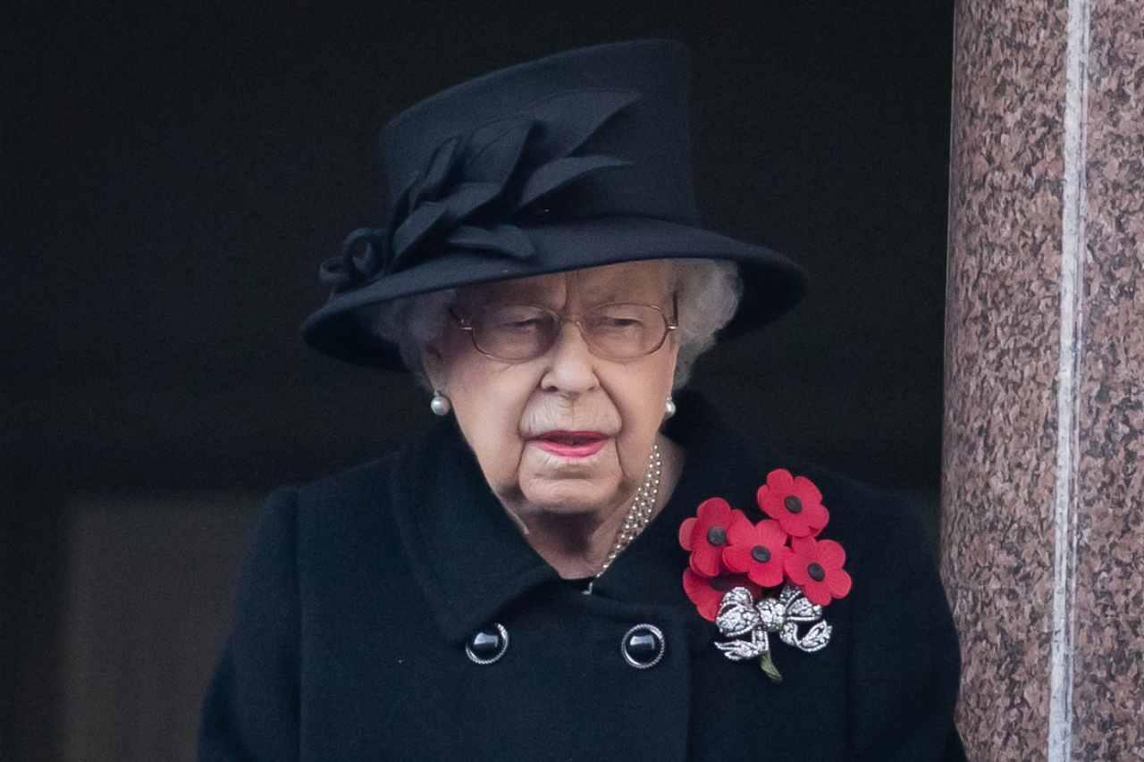 Regina Elisabetta, nuovo lutto sconvolge la Royal Family