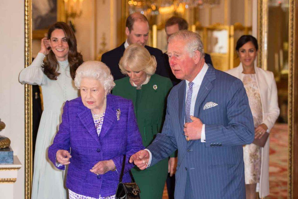 Principe Carlo e la Regina Elisabetta