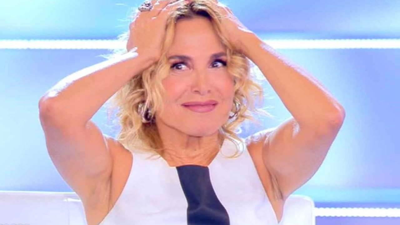 Barbara D'Urso durante una puntata di Pomeriggio Cinque (foto Getty Images).