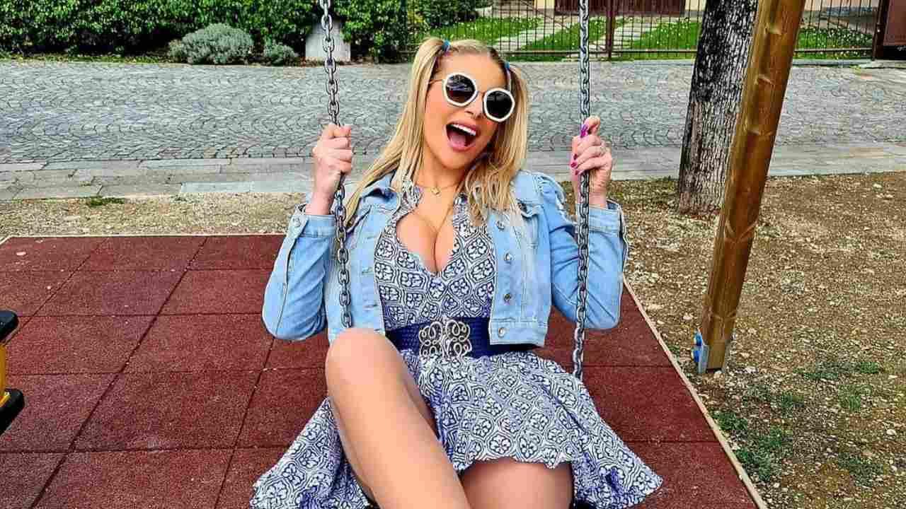 La showgirl Francesca Cipriani (foto Instagram).