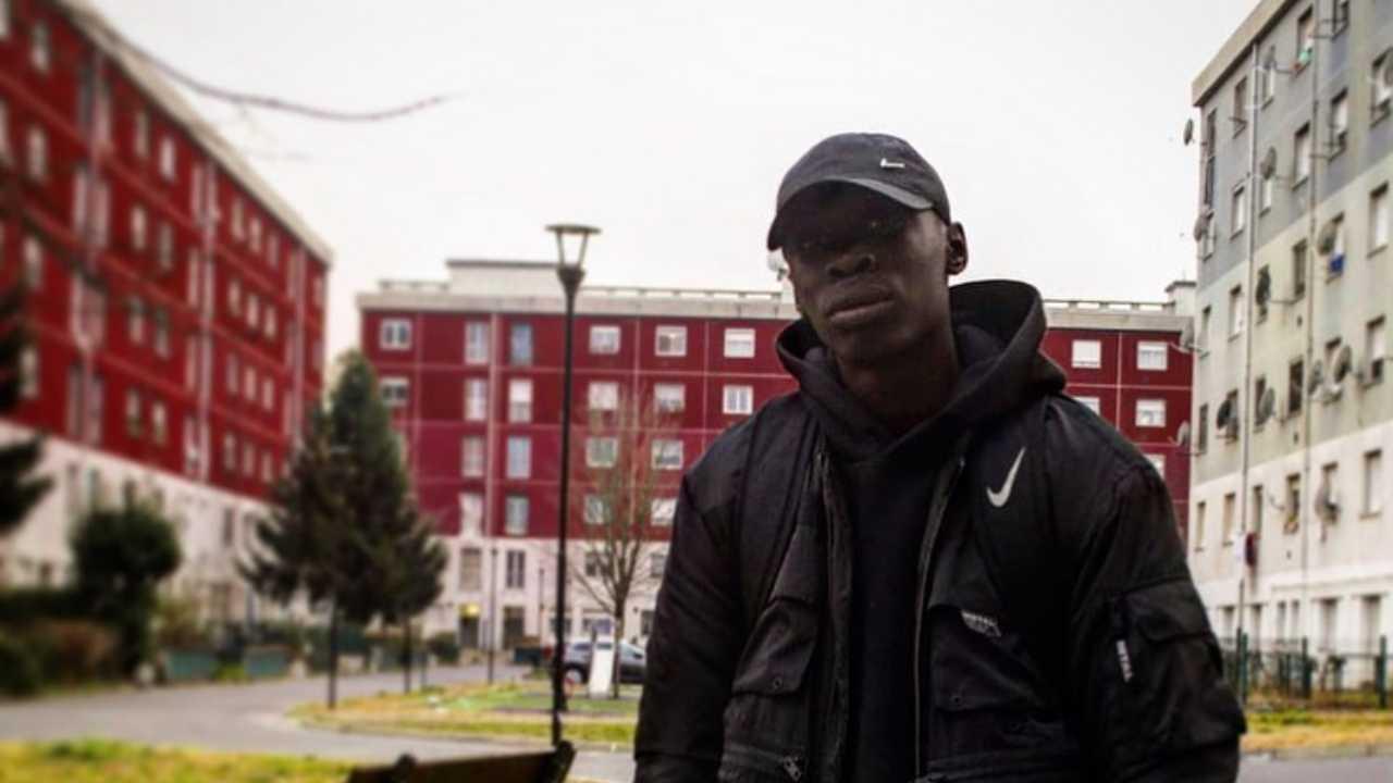 Il giovane Khaby Lame, che ha il profilo Instagram più seguito d'Italia ed il profilo Tik Tok più seguito di sempre (foto Instagram).