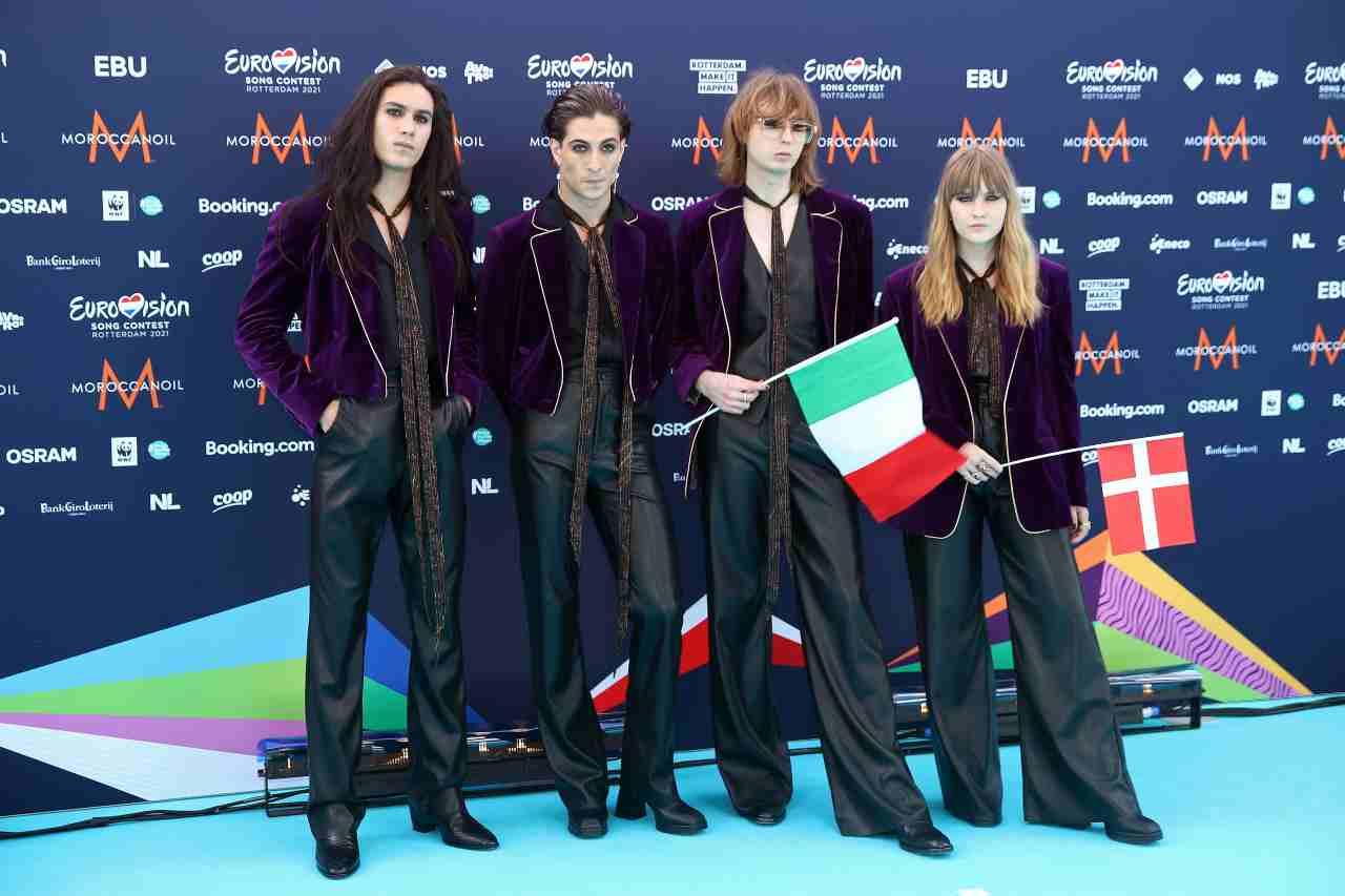 I Måneskin (Thomas Raggi, Ethan Torchio, Victoria De Angelis e Damiano David) arrivano all'Eurovision Festival. Foto di Dean Mouhtaropoulos/Getty Images.