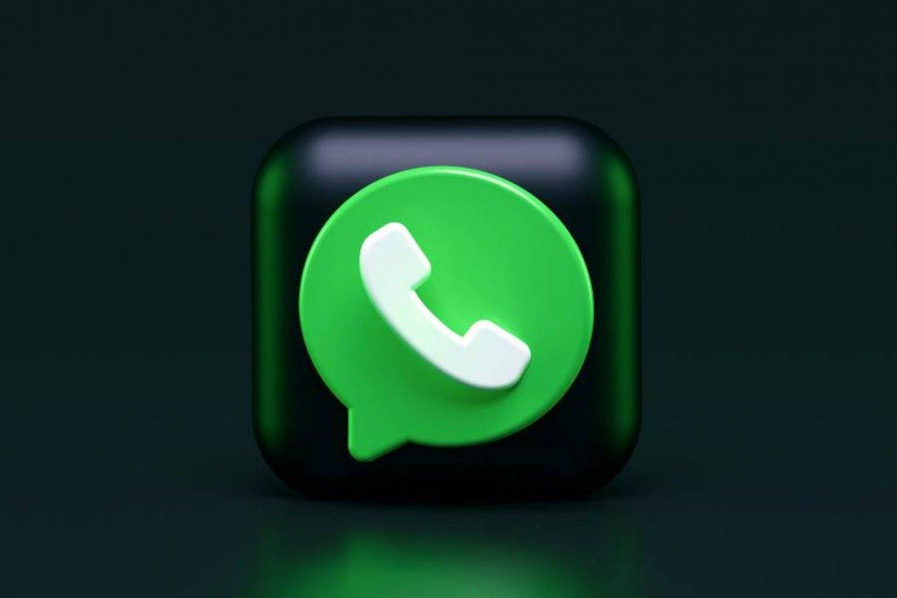 WhatsApp minaccia utenti