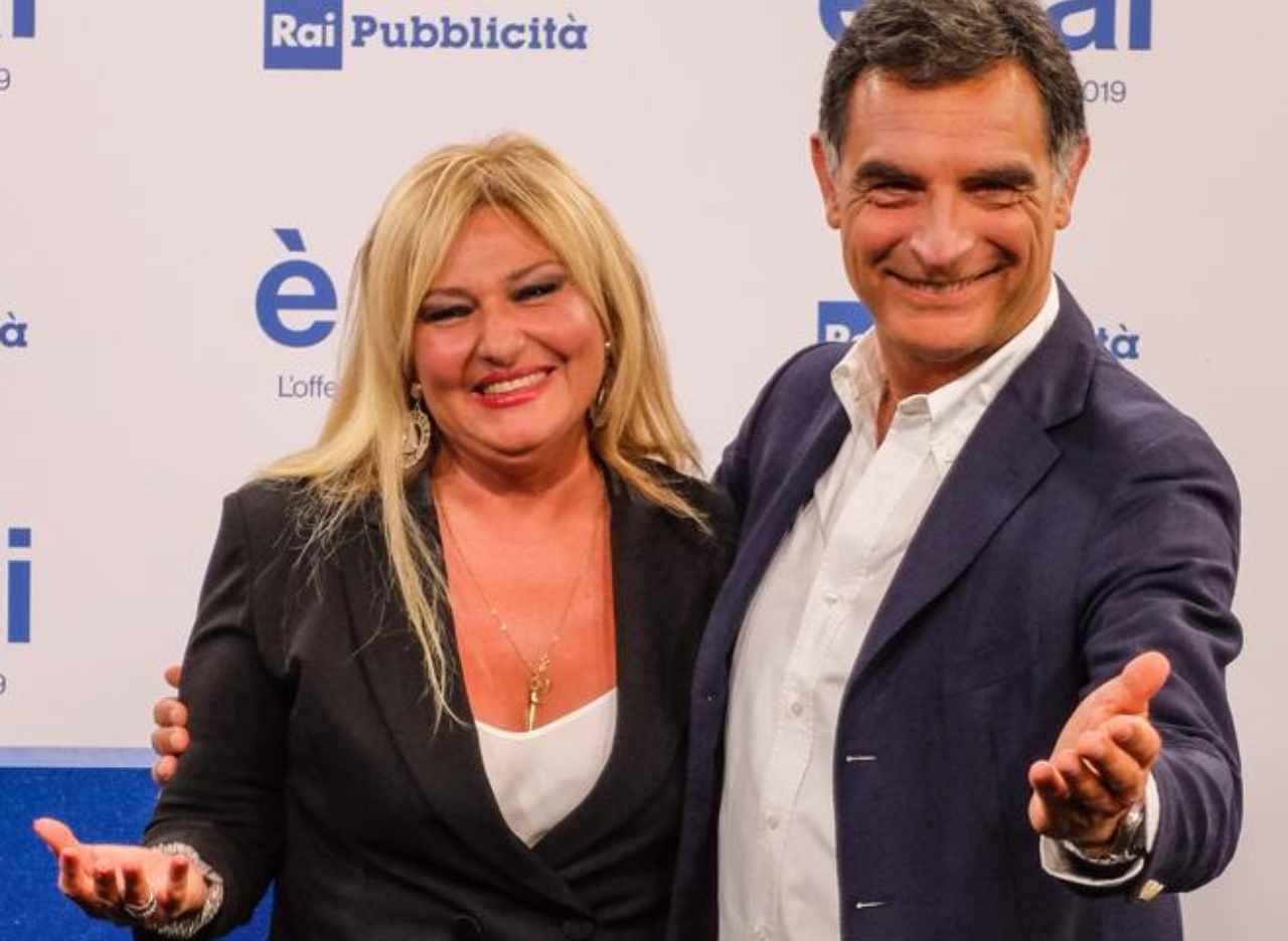 """I presentatori di """"1mattina in famiglia"""": Monica Setta e Tiberio Timperi (foto Rai)."""
