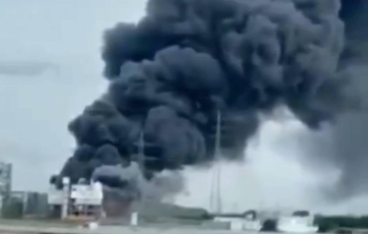 Germania, esplode impianto chimico