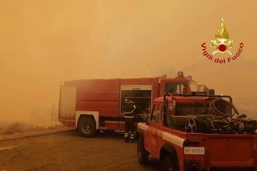 Incendi Sardegna - Foto Vigili del Fuoco