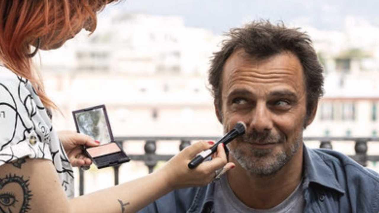 """Alessandro Preziosi, protagonista nella serie Tv """"Masantonio - Sezione Scomparsi (foto Mediaset)."""
