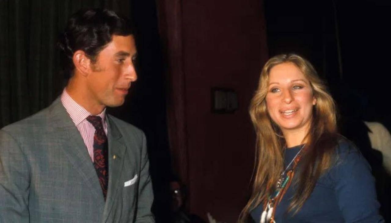 L'attrice Barbara Streisand con il principe Carlo d'Inghilterra (foto SIPA/REX/Shutterstock).