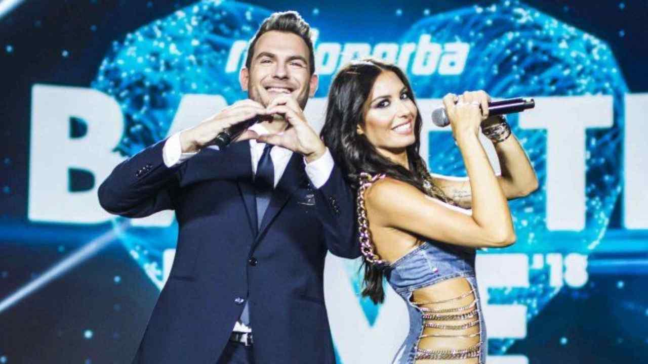 I presentatori di Battiti Live: Elisabetta Gregoraci e Alan Palmieri (foto Rai).