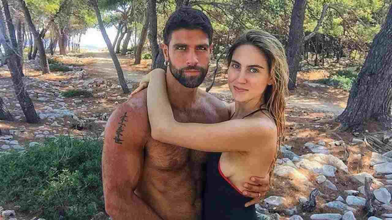 Isola dei Famosi: gli ex naufraghi GIlles Rocca e Miriam Galanti (foto Instagram).