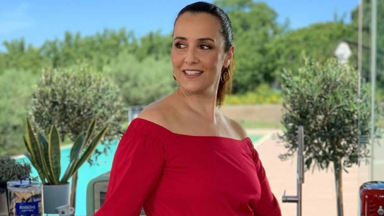 La conduttrice Roberta Capua protagonista della trasmissione Estate in Diretta (foto Instagram).