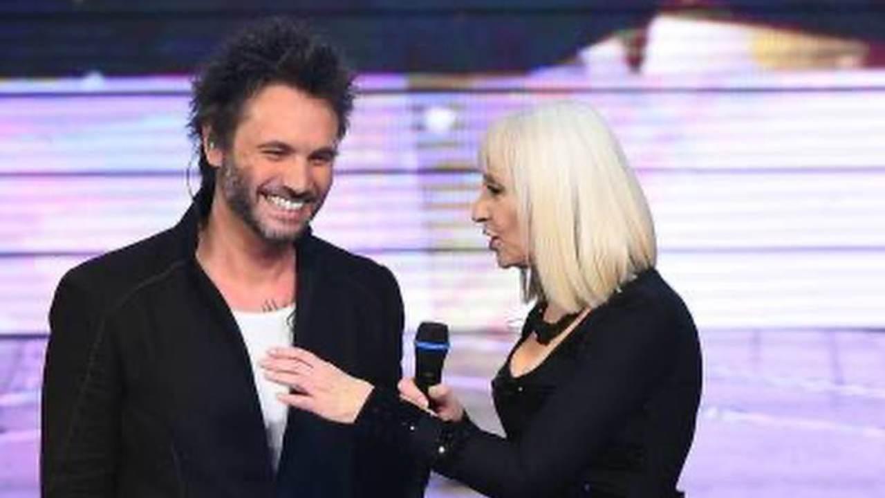Il cantante Nek ospite da Raffaella Carrà (foto Instagram).