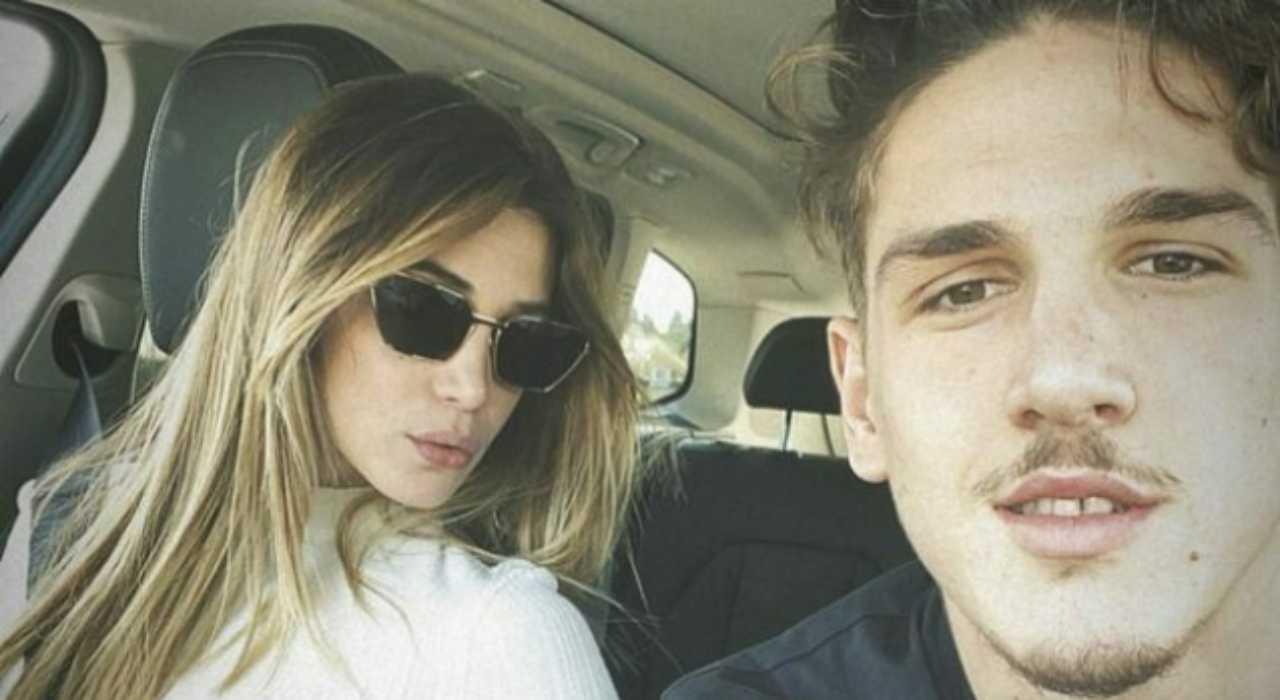 Il calciatore della Roma Niccolò Zaniolo con l'ex fidanzata Sara Scaperotta (foto Instagram).