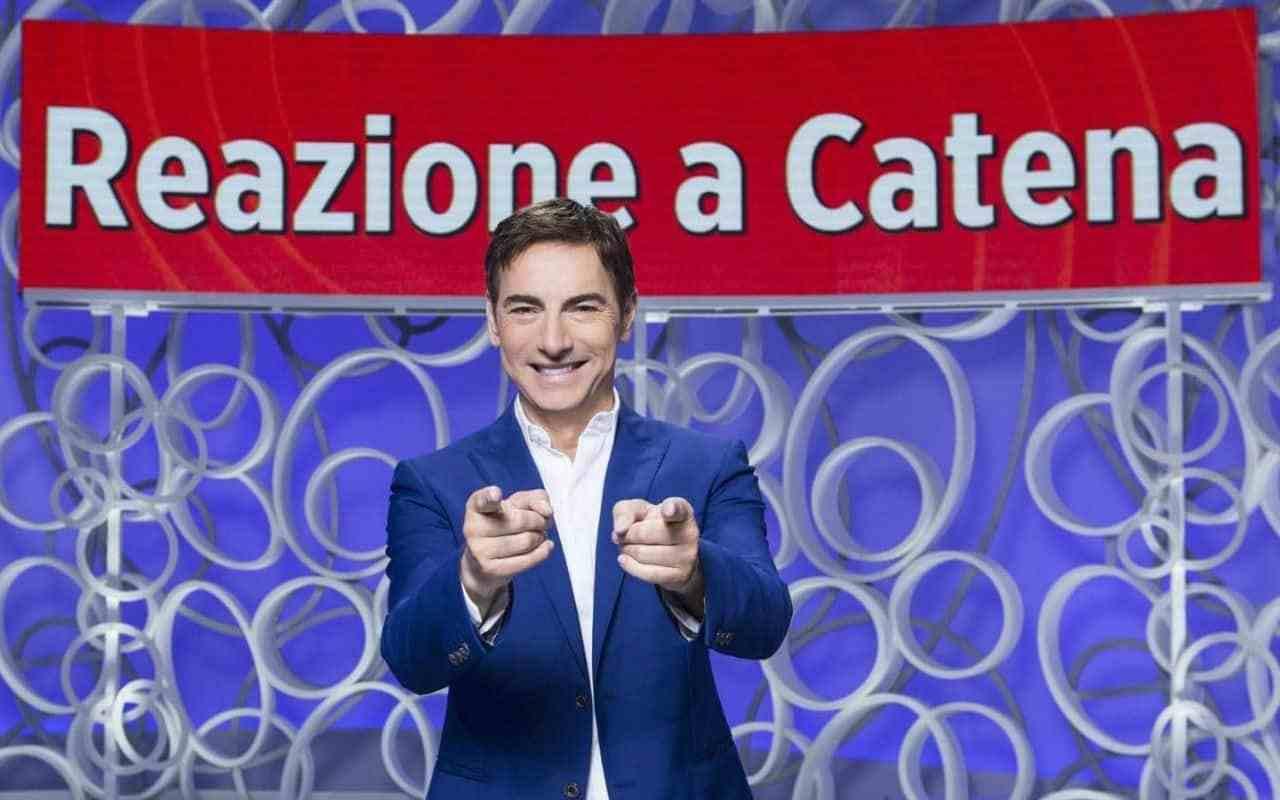 Il programma Tv Reazione a Catena è condotto dal gionalista Marco Liorni (foto Rai).