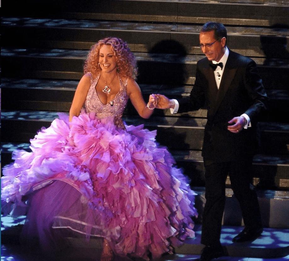 I conduttori Paolo Bonolis e Antonella Clerici (foto Rai).