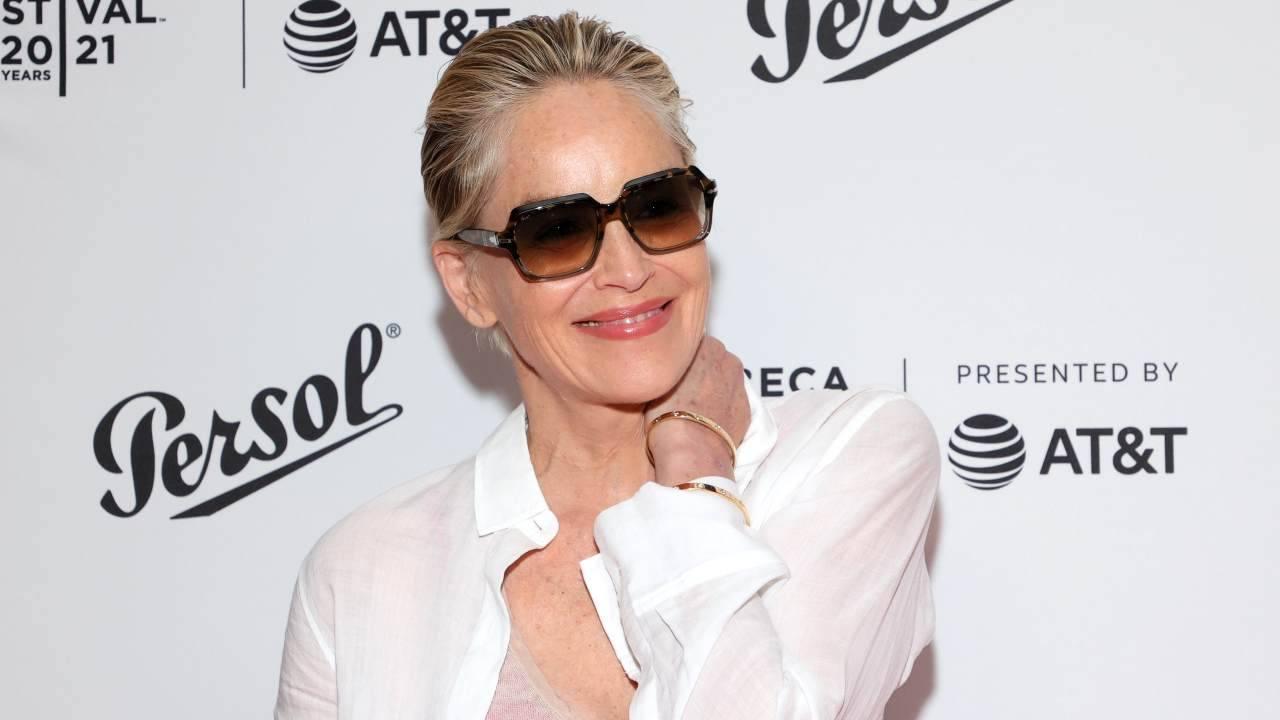L'attrice americana Sharon Stone arriva al Tribeca Festival di New York, giugno 2021 (foto di Dia Dipasupil/Getty Images for Tribeca Festival).