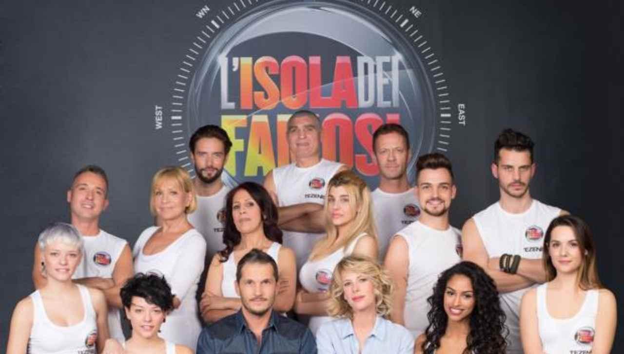 Anno 2015, i concorrenti dell'Isola dei Famosi: c'è anche Fanny Neguesha, l'ex fidanzata di Mario Balotelli (foto Rai).