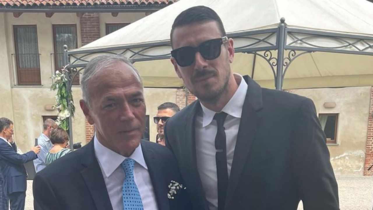 L'ex corteggiatore e tronista di Uomini e Donne, Mattia Marciano, con il suocero (foto Instagram).
