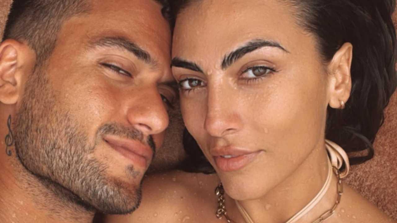 La coppia nata al GF Vip: Giulia Salemi e Pierpaolo Pretelli in vacanza (foto Instagram).
