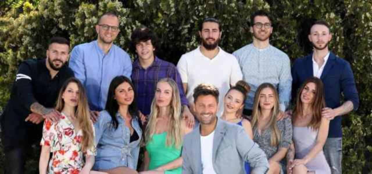 I concorrenti di Temptation Island nell'edizione dell'estate 2021 (foto Tv Sorrisi e Canzoni).