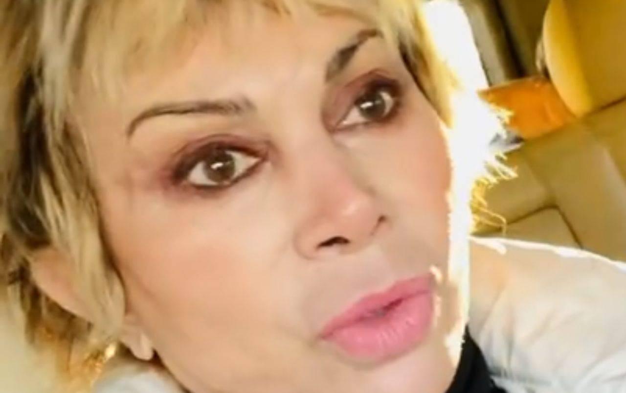Carmen Russo in lacrime nella casa del GF Vip 6