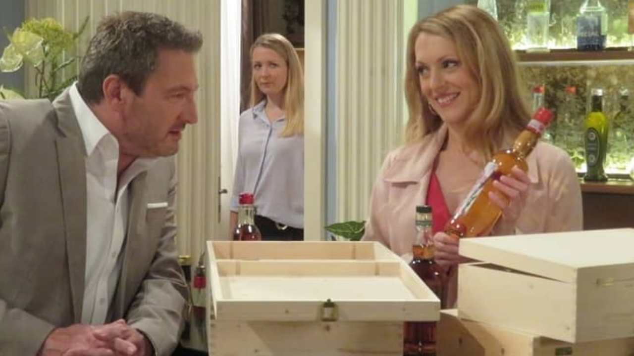 Anticipazioni di Tempesta D'Amore: nascerà qualcosa fra Rosalie e Christoph? (foto Das Erste).
