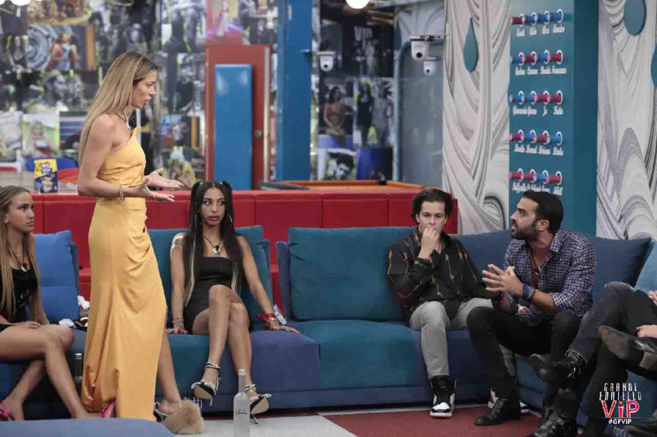 Il confronto fra Soleil Sorge e Gianmaria Antinolfi durante la terza puntata del GF Vip 6 (foto Mediaset).