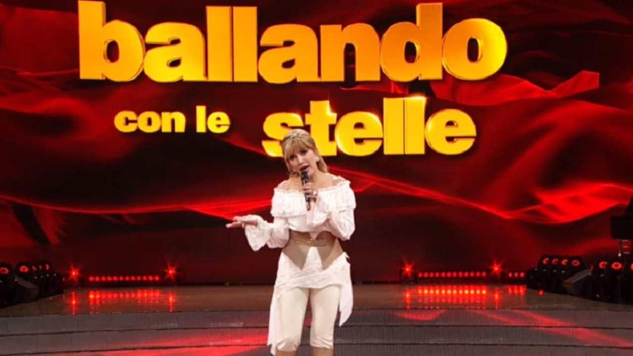 Ballando con le Stelle, la presentatrice Milly Carlucci (foto Rai).