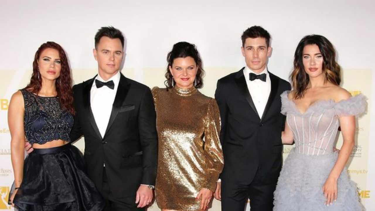 Alcuni dei componenti del cast di Beautifl sul red carpet degli Emmy Awards, giugno 2020 (foto Instagram).