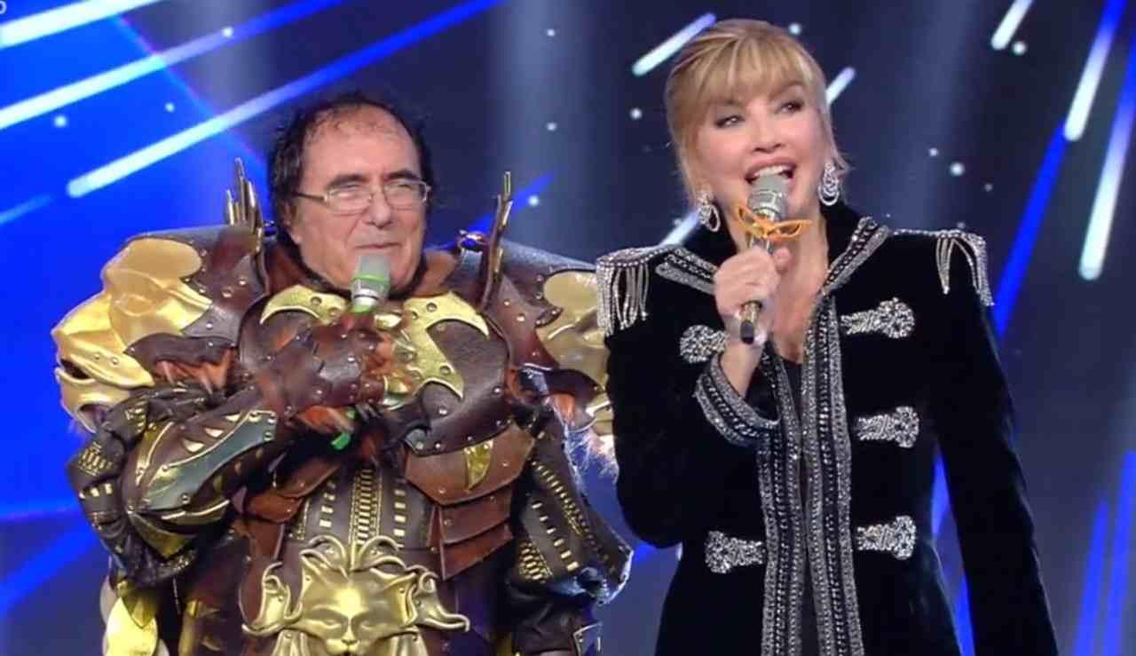 Il Cantante Mascherato: Al Bano con Mily Carlucci (foto Rai).