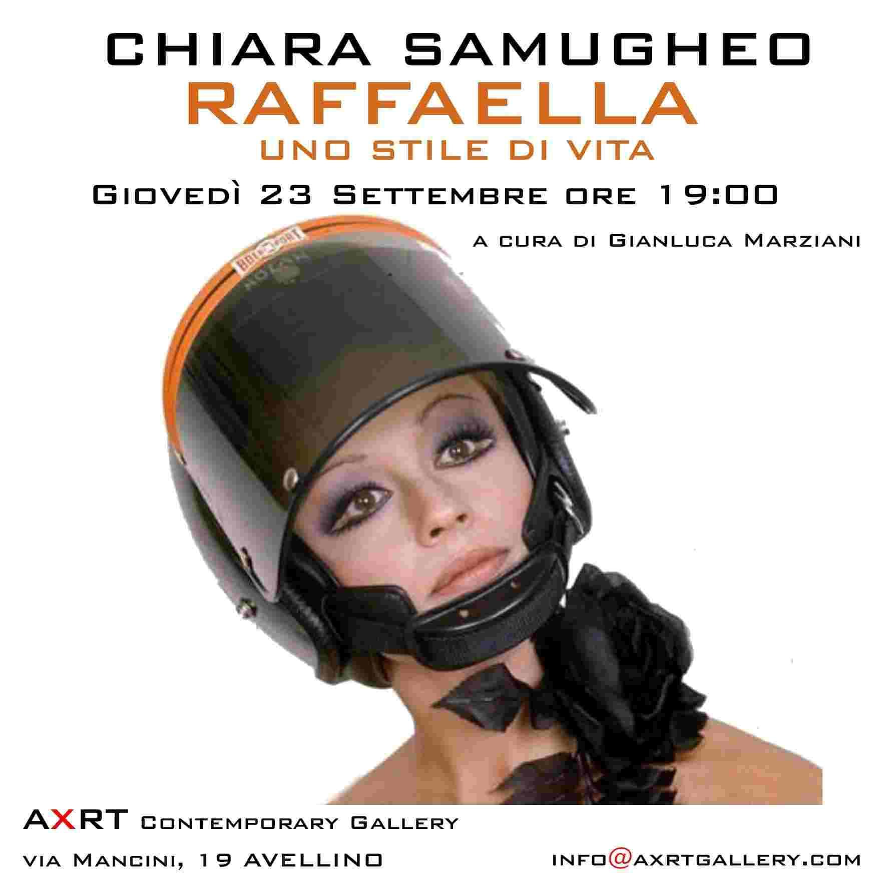 La locandina della mostra fotografica di Raffaella Carrà ad Avellino.