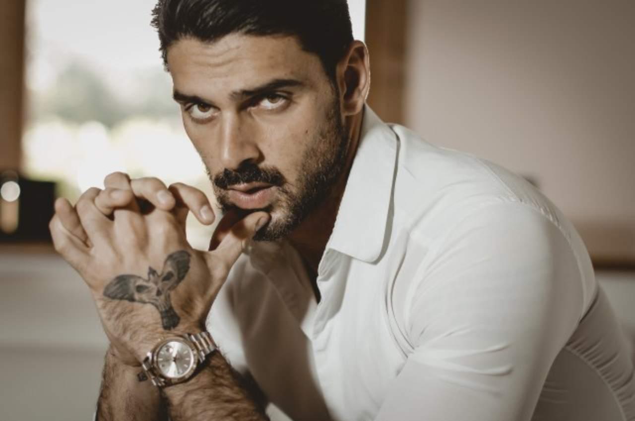 Netflix: l'attore di 365, Michele Morrone (foto Il Corriere Della Sera).