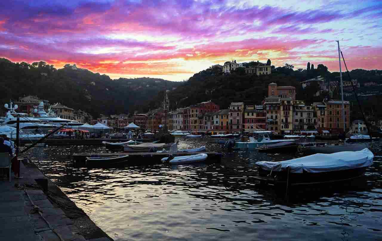 Portofino, turista precipita dal terrazzino di un albergo