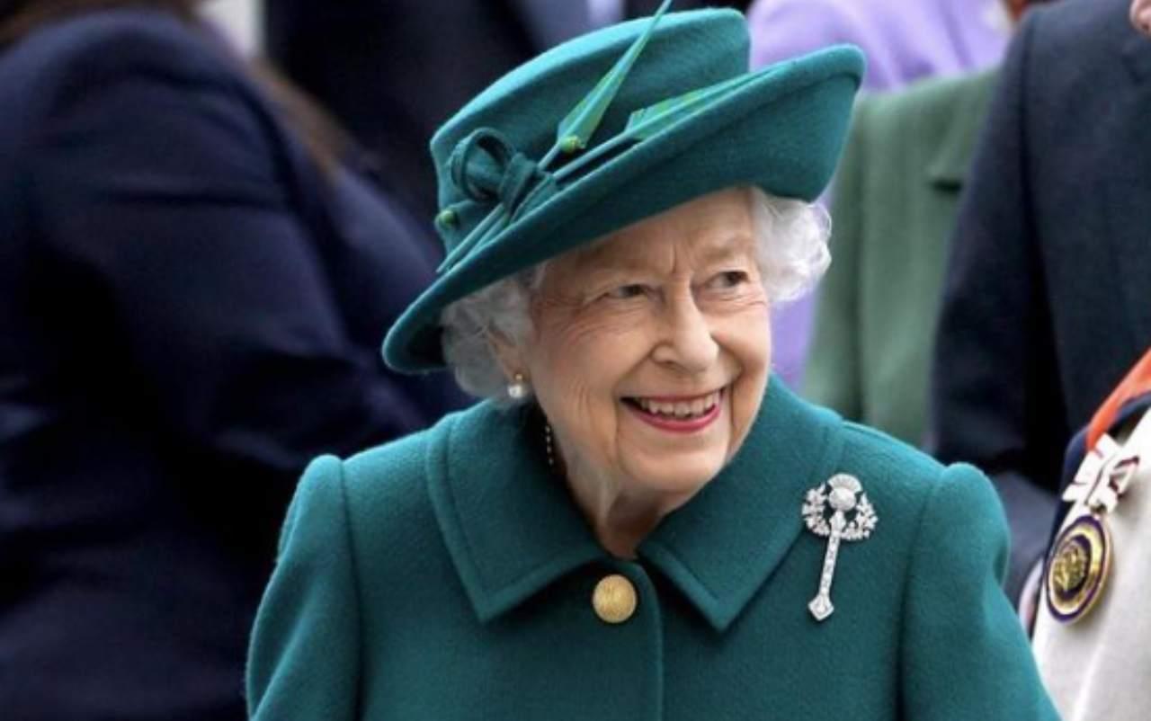 Regina Elisabetta, di nuovo a Windsor per un incontro importante