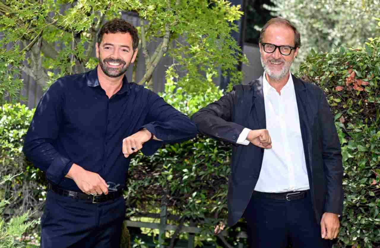 Il direttore di Rai 1, Stefano Coletta, con Alberto Matano alla conferenza stampa de La vita in diretta (foto Ansa).