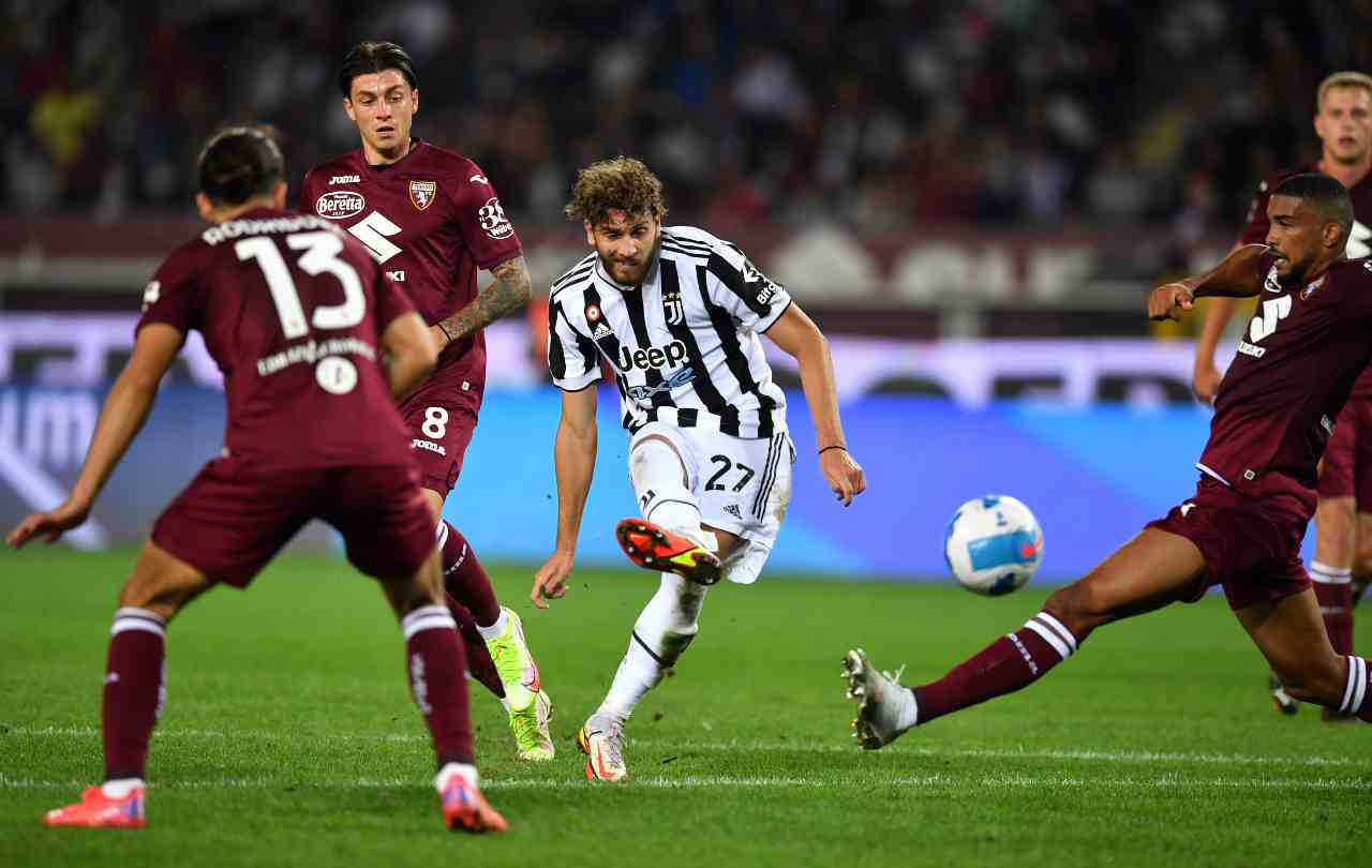 Decide Locatelli: la sua rete all'86' in Torino-Juventus determina la vittoria dei bianconeri. Serie A, 2 ottobre 2021 (foto di Valerio Pennicino/Getty Images).