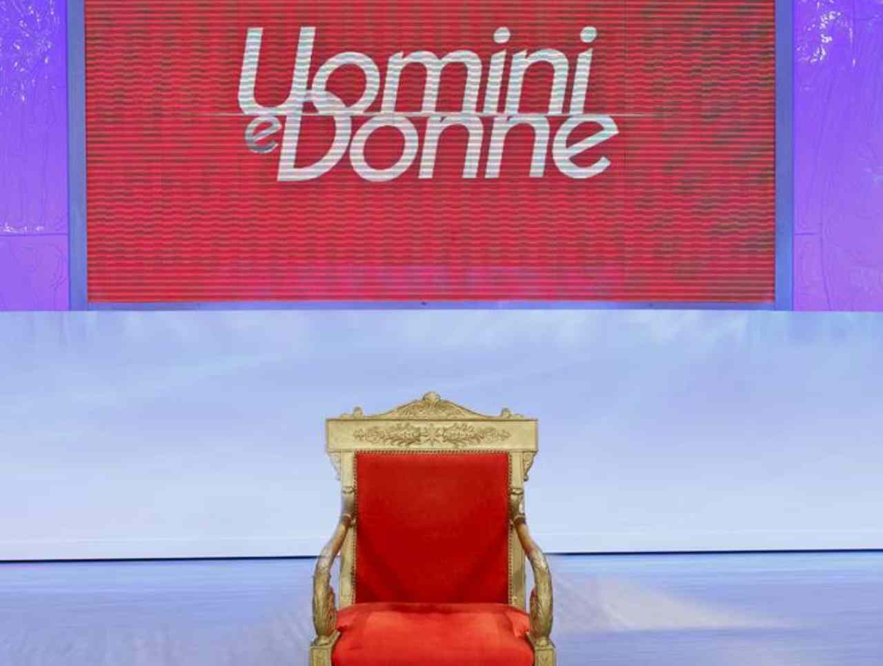 Il trono classico di Uomini e Donne (foto Mediaset).